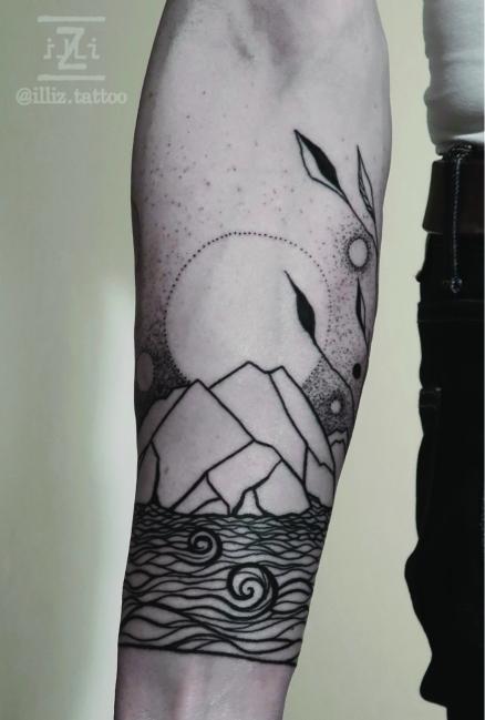 beautiful-halfsleeve-landscape-tattoo-spacetattoo-mallorca-illiz-tattooartist-blackwork-dotwork